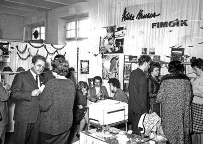 Présentation des propriétés de FIMOIK lors de l'exposition de jouets de Nuremberg en 1964